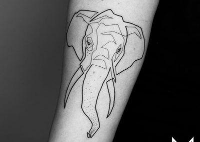 Тату лайнворк слон