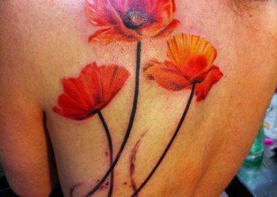 Татуировки красного цвета