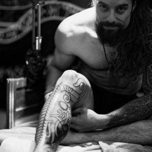 Орнаменты и руны для настоящих викингов: скандинавские татуировки от Peter Madsen