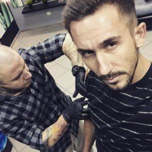 Сергей Приказчиков из группы «Пицца» улетел за татуировкой в Ростов-на-Дону