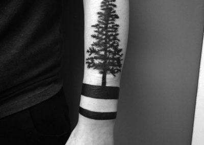 Тату браслет лес