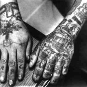 ЗК тату: виды и значения перстневых татуировок (64 шт)