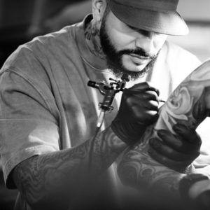 Тимати сделал татуировку мастеру своего салона