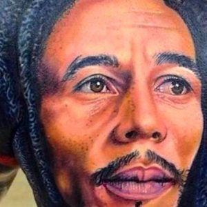 Портретная татуировка: Боб Марли (40 фото)
