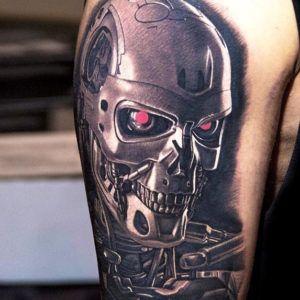 Терминатор: Апофеоз биомеханики в татуировке