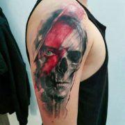Adam Kremer: красно-черные татуировки знаменитого мастера