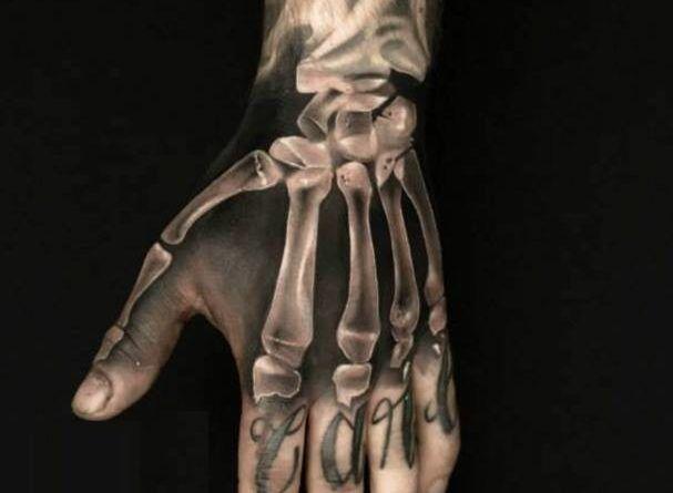 тату скелет кости руки