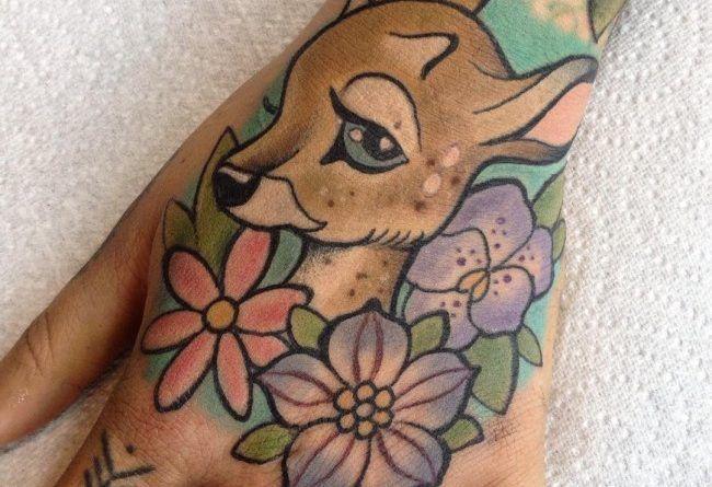 бемби татуировка на руке