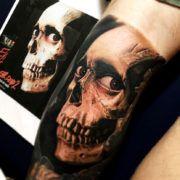 Эффектные татуировки с черепами (70 фото)