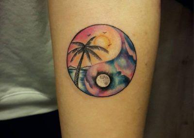 татуировки инь янь пальма