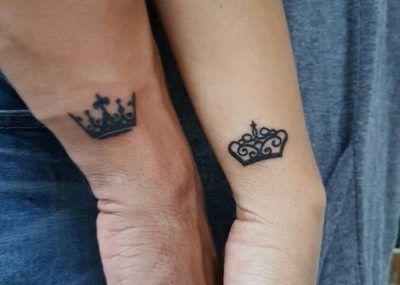 парные тату корона