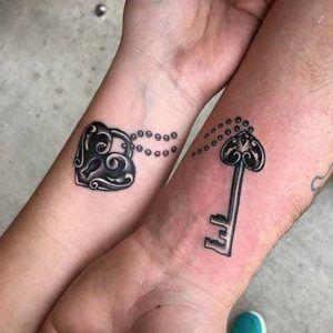 Парные тату. Романтика в татуировке (фото)