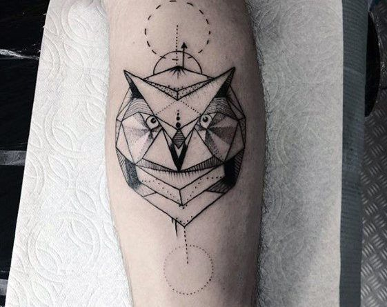 тату сова геометрическая