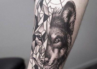 тату на руке муские волк предплечье