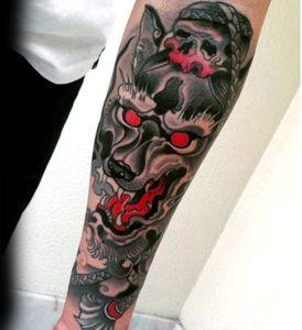 татуировка мужская с волком