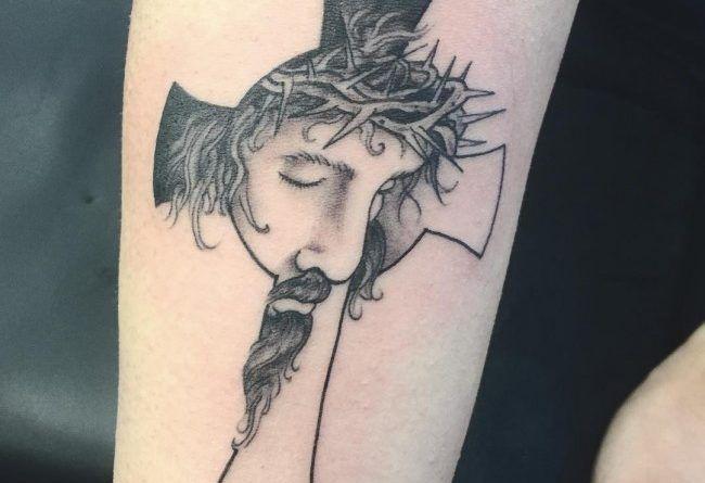 с крестом