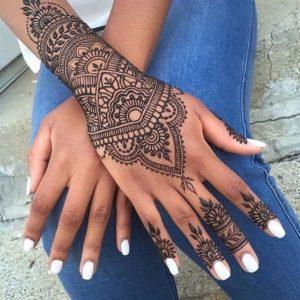 Татуировки хной в стиле Мехенди