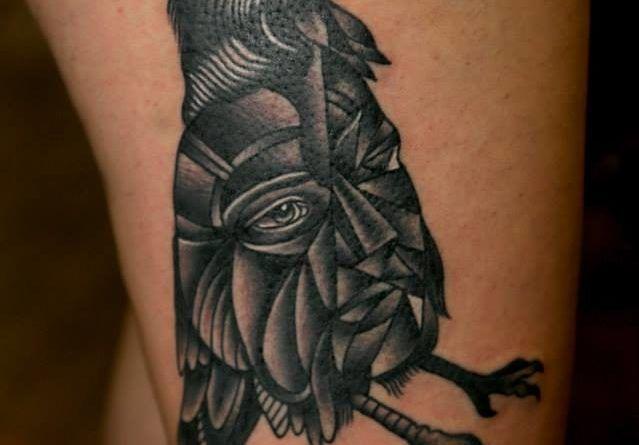 Фото Glitch Tattoo Ворона