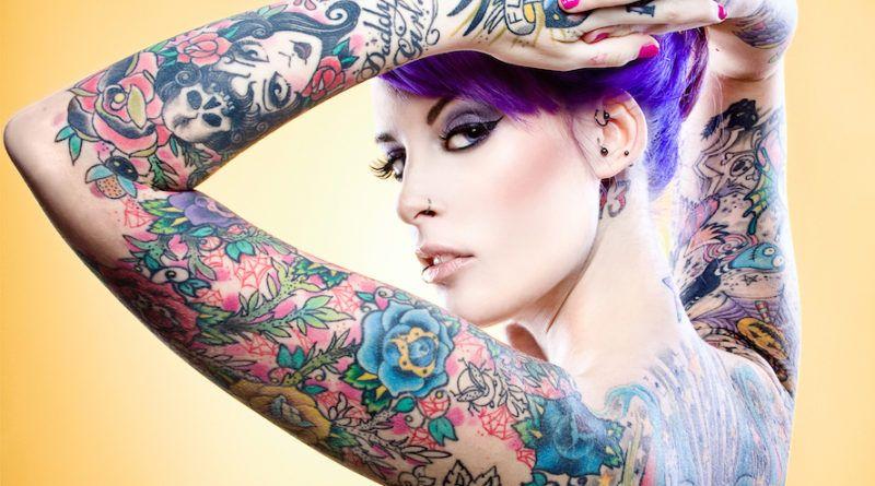 Девушки с татуировками (50 sexy girls)