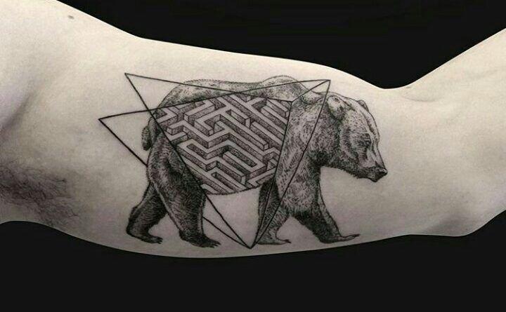 Тату лабиринт медведь фото значение