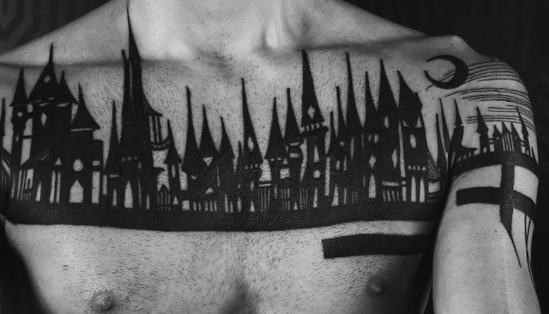 Готические замки в татуировках Houston Patton Фото