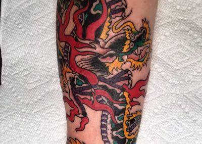 тату дракон китайский на руке