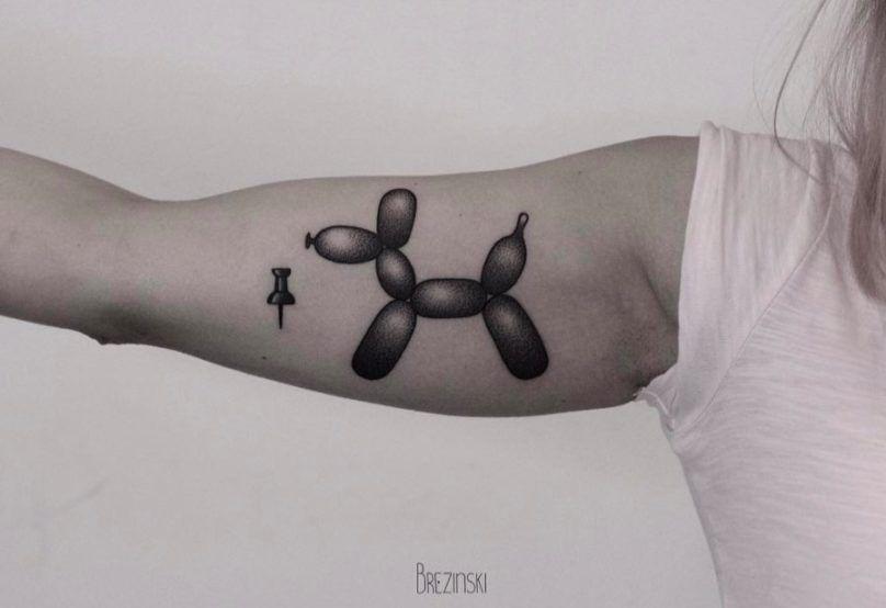 Surreal Tattoos белорусского тату-художника Ильи Брезинского on-tattoo фото шарик