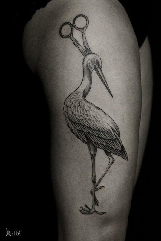 Surreal Tattoos белорусского тату-художника Ильи Брезинского on-tattoo фото аист