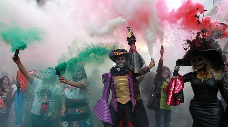 Мексиканский череп парад  Калавера