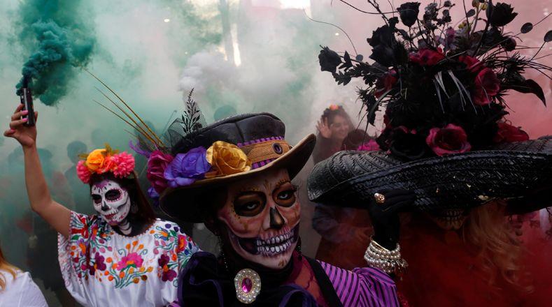 Парад Калавера Катрина в Мехико 2017 фото