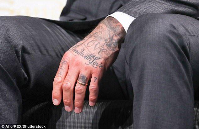 Бекхэм тату на руке