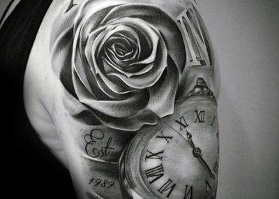 тату роза и часы