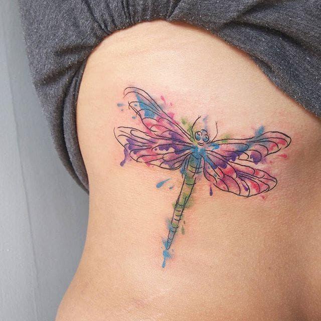 акварельная Тату стрекоза. Фото и значение on-tattoo