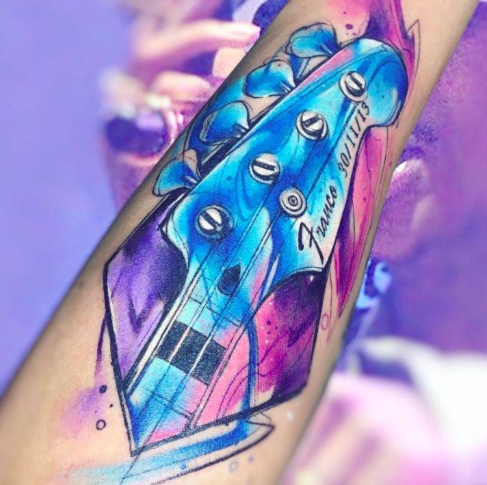 Акварельные татуировки тату-художника Adrian Bascur, фото гитара