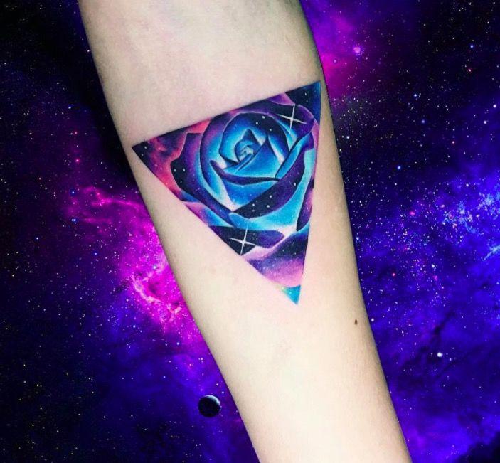 Акварельные татуировки тату-художника Adrian Bascur, фото роза