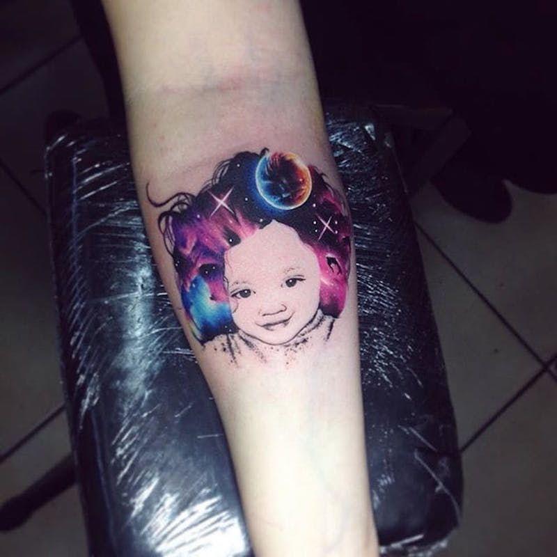 Акварельные татуировки тату-художника Adrian Bascur, фото портрет