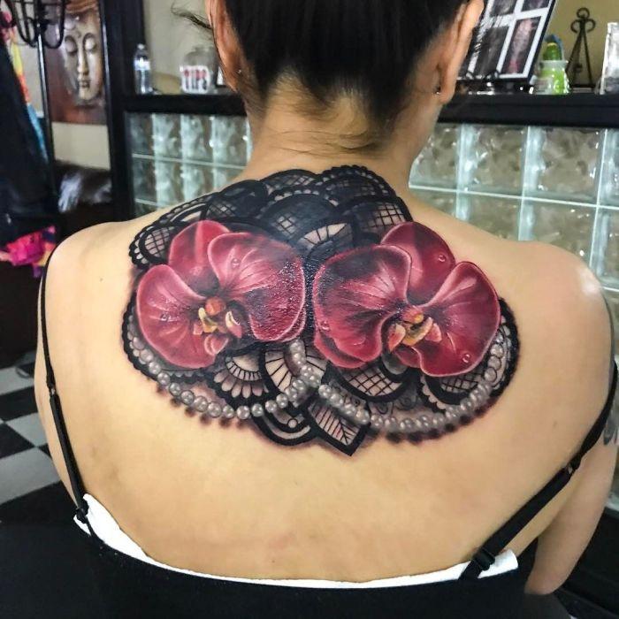 тату кружева для девушек фото каталог татуировок на спине
