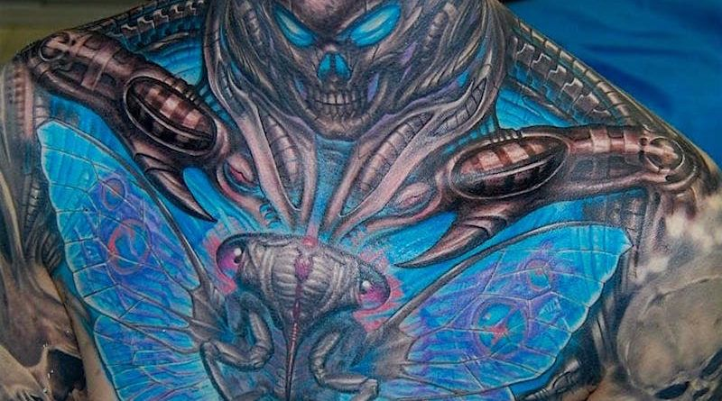 3D дизайн татуировки на груди (50 фото)