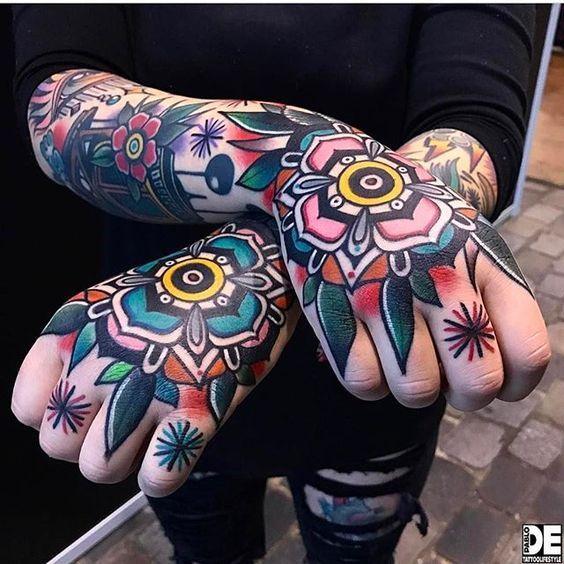 фото тату на пальцах on-tattoo цветы