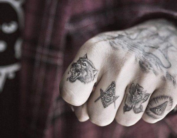 finger tatu foto