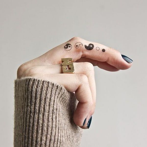фототатунапальцахon tattooчб