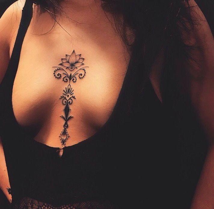 Татуировки в стиле Мехенди фото каталог тату для девушек на груди