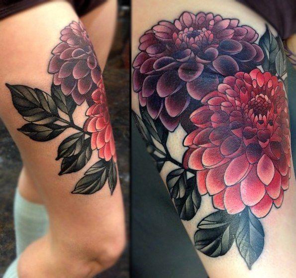 on-tattoo-ru цветы на бедрах фото татуировок каталог пионы