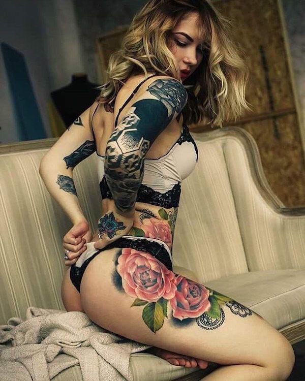 hot-tattoo-women-pussy-girls-fucked-too-hard