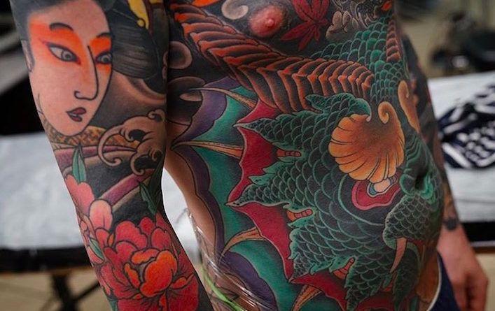 Масштабные японские татуировки Артемия Неумоина