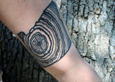 татуировка дуб срез