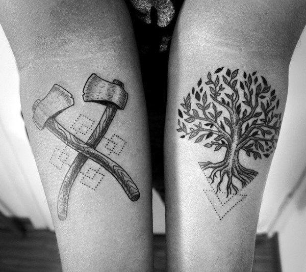 татуировка дуб и топоры