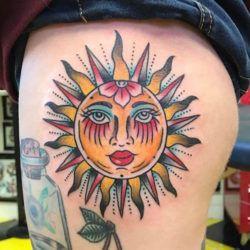 Значение татуировки Солнца