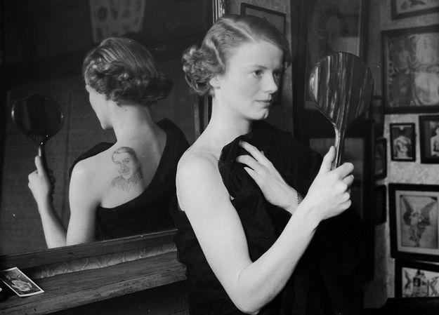 Татуировка возлюбленного мужчины на спине. 1936 год