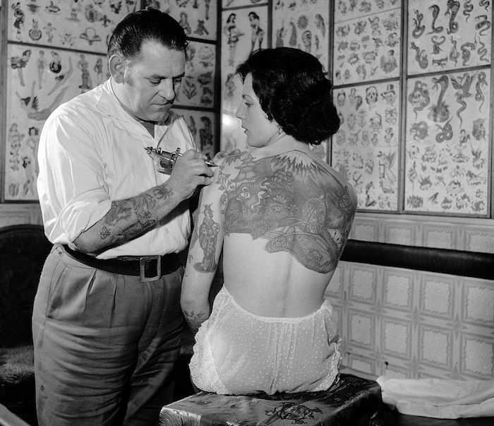 vintage photos of tattooed women